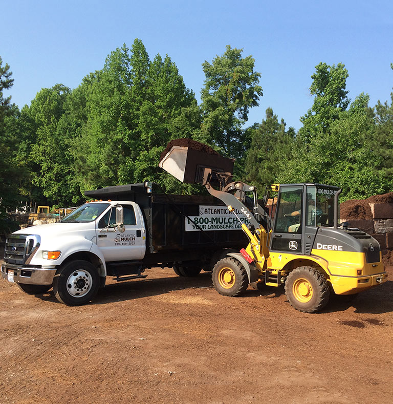 Atlantic Mulch Delivery Forklift